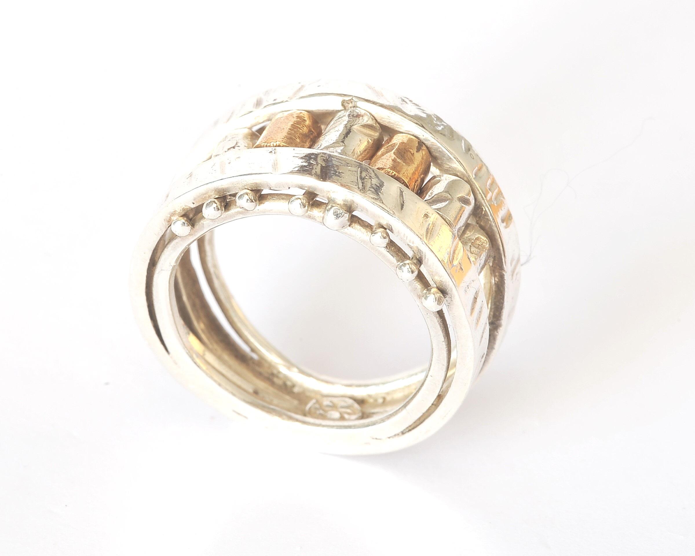 Tubicini Ring